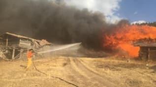 Kastamonu'da çıkan yangında 6 ev küle döndü