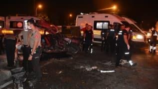 Otomobil ile midibüs çarpıştı! 2 kişi hayatını kaybetti, 4 kişi yaralandı
