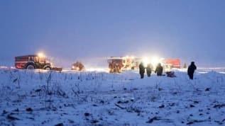 Rusya'da izinsiz uçuş yapan bir uçak nehre düştü