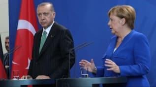 Merkel: Türkiye ile ilişkileri dengelemeliyiz