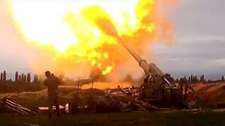 Sınırda çatışma devam ediyor! Azerbaycan ordusu, Ermenistan ordusuna ait bazı mevzileri imha etti