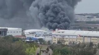 İstanbul Silivri'de fabrika yangını