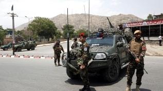 Afganistan'da Taliban'la çatışma: 25 güvenlik görevlisi öldü