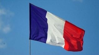 Fransa'da şiddet gören kadın Katolik kocasını 'İslamcı' diye şikayet etti