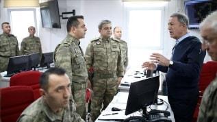 Bakan Akar: Mehmetçik, ''girilemez'' denilen yerlere girdi