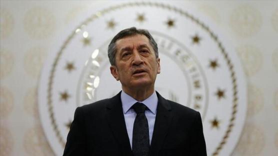 Milli Eğitim Bakanı Selçuk'tan flaş açıklamalar: Tabletler dağıtılıyor!
