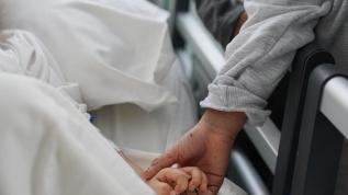 Elif, ailesiyle hastanede bir araya geldi