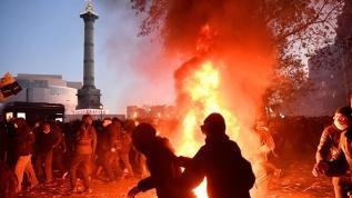 Fransa'da güvenlik yasa tasarısı ve polis şiddetine tepkiler büyüyor
