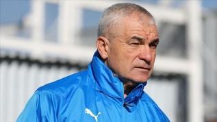 Sivasspor Teknik Direktörü Çalımbay'dan hakem eleştirisi: Maçın kaderini hakemler belirlemesin