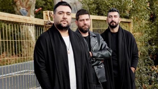 Sakiler 'Dünyadan Uzak' şarkısıyla dünya listesinde