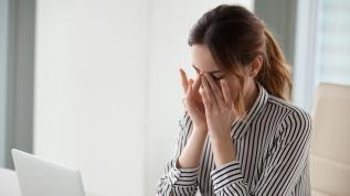 Göz migreninin kesin bir tedavisi yok