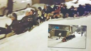 30 kadının naylon üzerinde kar keyfi