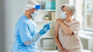 Virüs aşısı 'yalancı güven' oluşturmasın