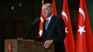 Başkan Erdoğan: Türkçemiz tarihimizin en büyük kelime katliamına maruz bırakıldı