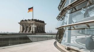 Alman gazetesi FETÖ'nün 'karanlık yapısı' konusunda uyardı