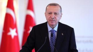 Başkan Erdoğan, saldırıya uğrayan geminin kaptanı ile görüştü