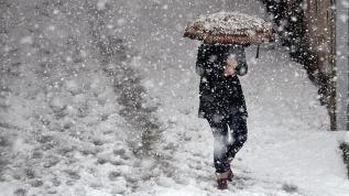 Kar İstanbul'un kapısına dayandı... Meteoroloji uyardı