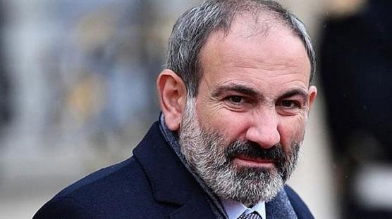 Ermenistan'da Paşinyan karşıtı grup hükümet binasını bastı