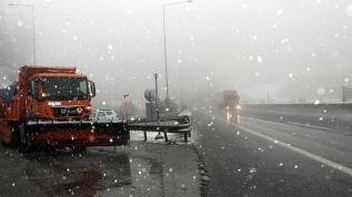 Kar İstanbul sınırına dayandı: Bolu Dağı'nda yağış başladı