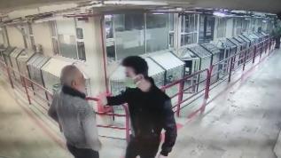 Tartıştığı esnafı 12. kattan aşağı attı... O anlar kamerada!