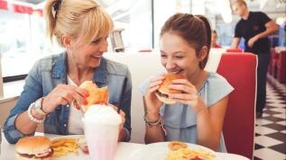 Demir eksikliğinin bir nedeni de: Fast food