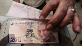Halkbank'tan kadın girişimcilere 100 bin liraya kadar finansal destek