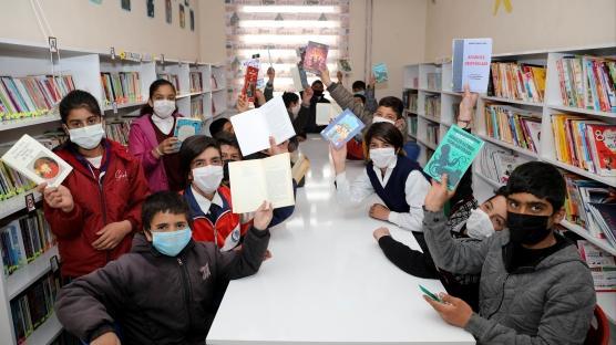Kütüphanesiz köy okulu kalmasın