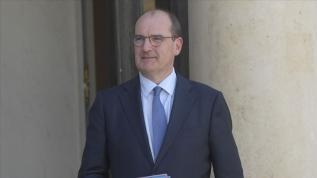 Fransa Başbakanı Cezayir'e ziyaretini iptal etti