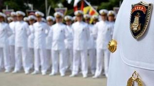 Emekli amirallere bildiri soruşturması: 7 emekli amiralin evinde arama yapılıyor
