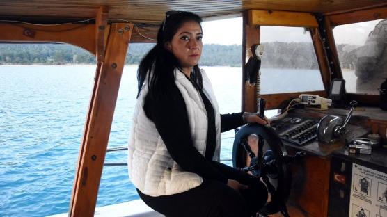 Eğitmen Esra 'kaptan' oldu