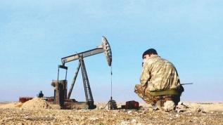 Teröristbaşı, YPG/PKK'nın petrol parasını çalarak kayıplara karıştı!