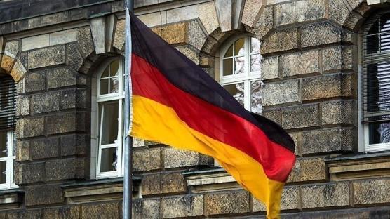 Almanya, Kovid-19 aşılarındaki mülkiyet haklarının kaldırılması teklifine karşı çıktı