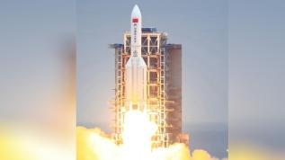 Çin'in bela roketi görüntülendi