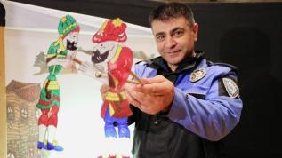 Polisten Karagöz Hacivat