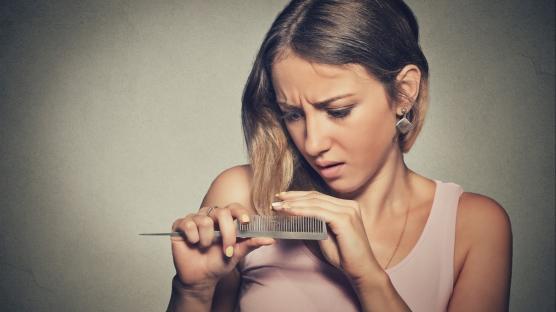 Korona sonrası 6 ay saç dökülmesi oluyor