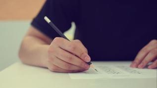Liselerde sınavlar yeniden düzenlendi
