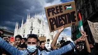 İtalya'da İsrail'in Filistin'e yönelik saldırıları protesto edildi