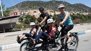 İsviçreli ailenin bisikletle Türkiye turu
