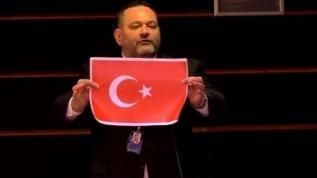 Türk bayrağını yırtan alçak Yunan vekil hakkında yeni gelişme