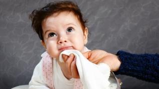 Bebeklerde kusmayı azaltan ipuçları