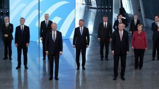 NATO Liderler Zirvesi aile fotoğrafı
