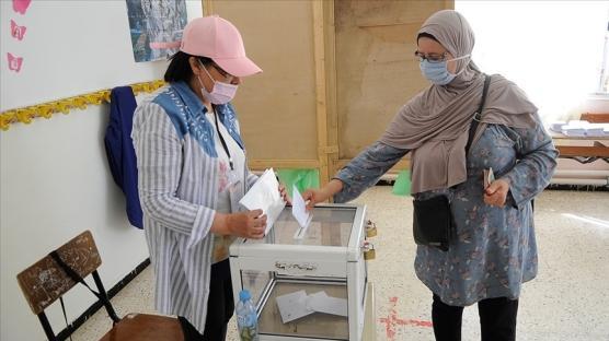 Cezayir'de genel seçimleri Ulusal Kurtuluş Cephesi kazandı