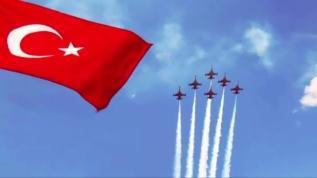 Türk Yıldızları'nın Amasya gösterisi nefes kesti