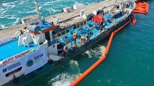 Bakan Murat Kurum duyurdu: Marmara Denizi'nden 11 günde 4 bin 202 metreküp müsilaj temizlendi