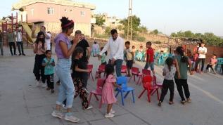 Köylere mutluluk götüren öğretmenler