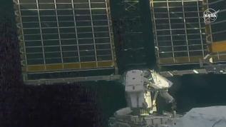 Astronotlar uzay yürüyüşünde
