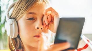 Çocuğunuz sürekli gözlerini ovuyorsa dikkat