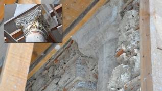 Caminin duvarlarında Bizans sütunları çıktı