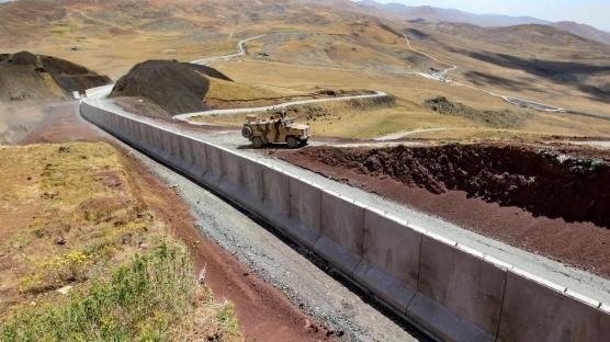 Türkiye-İran sınırına duvar örülüyor!