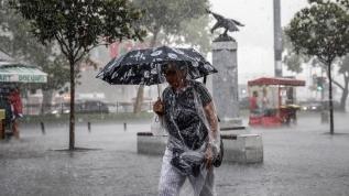 Meteoroloji'den 2 bölgeye kuvvetli yağış ve fırtına uyarısı
